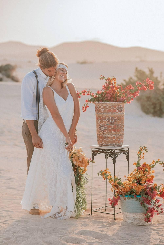 fuerteventura-bohemian-couple-elopement-photographer-dunes-of-corralejo