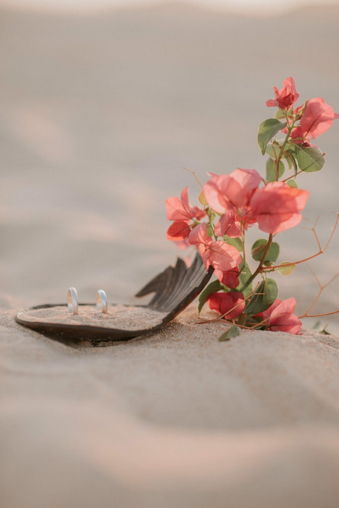fuerteventura-bohemian-couple-elopement-photographer-dunes-of-corralejo-19