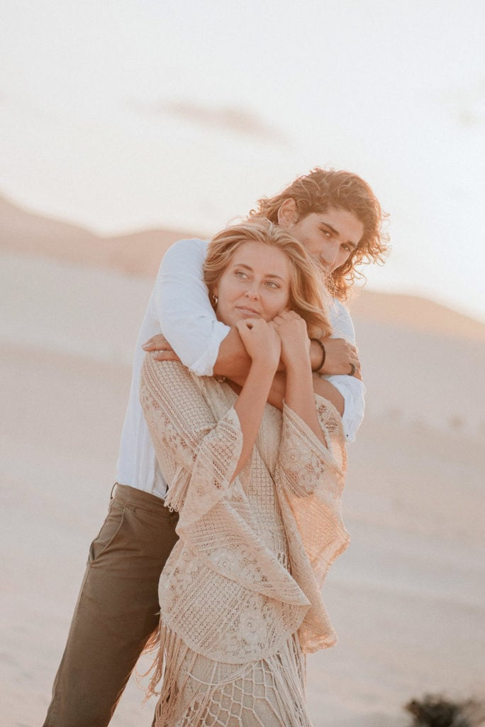 fuerteventura-bohemian-couple-elopement-photographer-dunes-of-corralejo-29